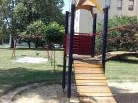 Sávház melletti játszótér