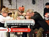 Roxínház: Indul a bakterház - Balatonboglár