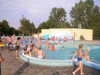 Balatonszemes Gyermekbarát élményfürdő
